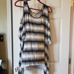 Beautiful cold shoulder top never worn